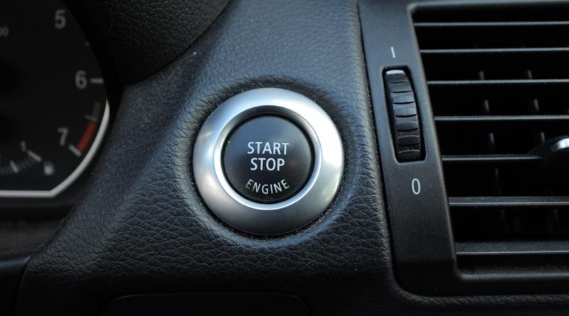 Botón de arranque de coche