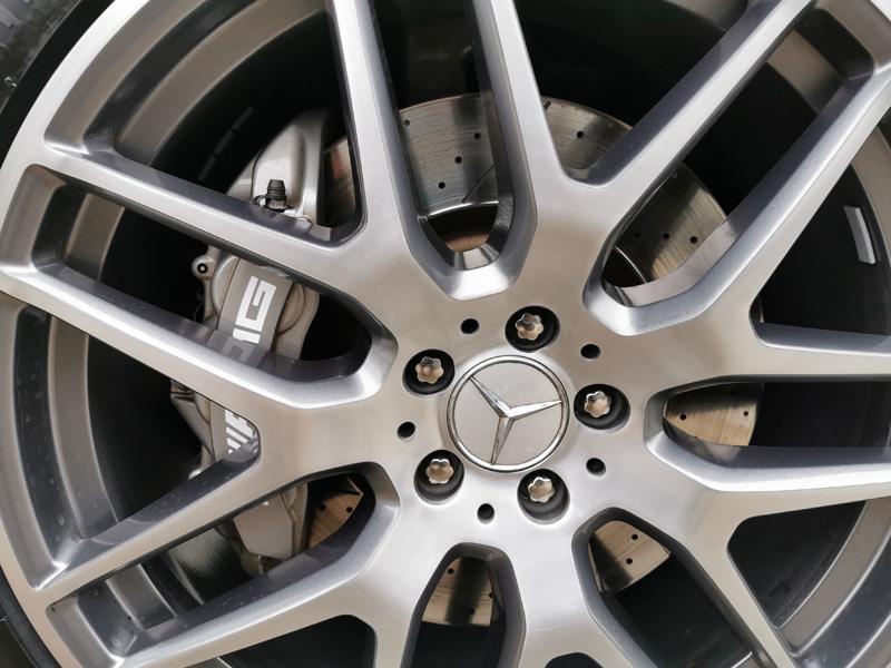 Gelochte Bremsscheibe