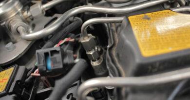 Injektor eingebaut im Auto