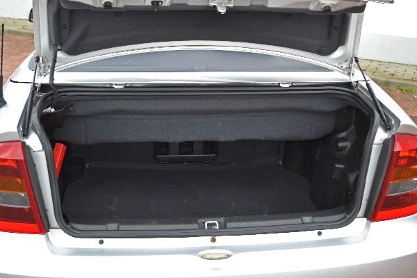 Opel Astra Cabriolet Kofferraum