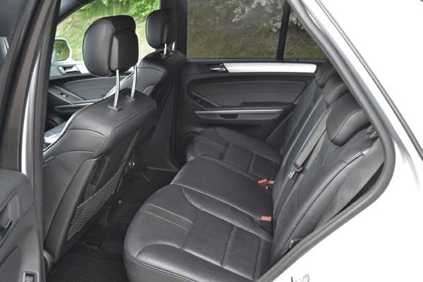 Mercedes-ML-320-Ruecksitz