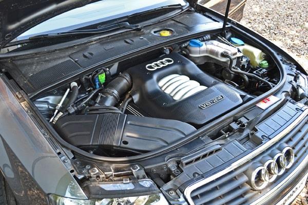 Audi-2.4-Motor