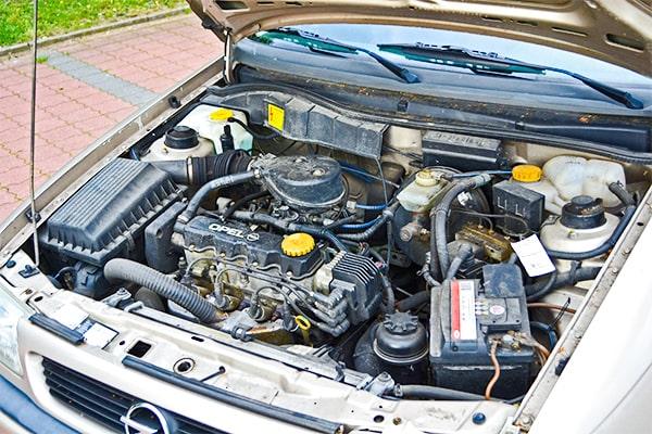 Opel Astra GLS Motor