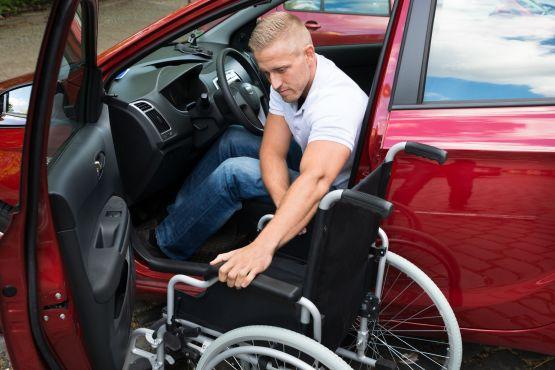 Der Autoumbau erleichtert den Einstieg ins Fahrzeug